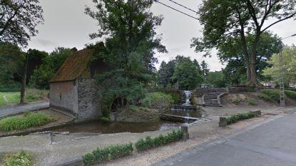 Jogster (26) kan aanvaller wegjagen aan watermolen in Froyennes