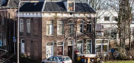 Paupervilla in Kampen blijft nog zeker drie maanden staan