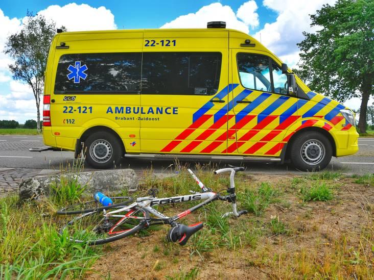 Fietser aangereden bij Borkel en Schaft, per ambulance naar ziekenhuis