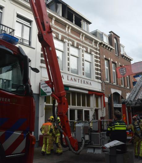 Deel Keizerstraat afgesloten na brand boven restaurant