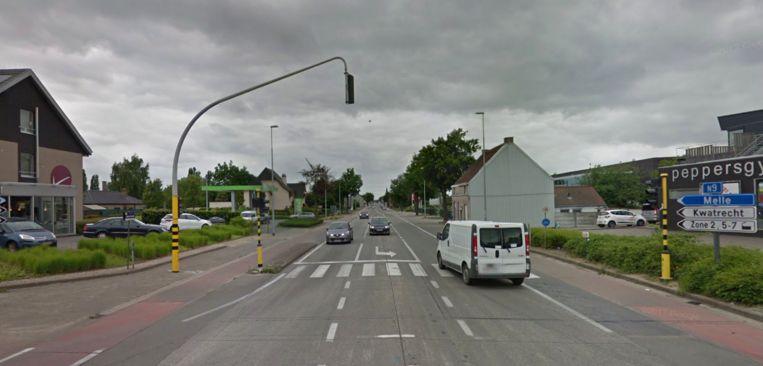 De betonplaat voorbij de lichten richting Gent wordt vervangen.