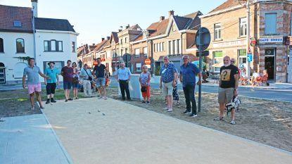 Petanqueclub werpt eerste ballen op Krottegemse petanquebaan