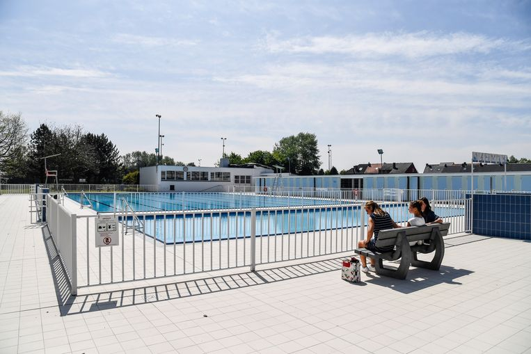 Het zwembad zelf is nog niet winstgevend, maar wel de cafetaria en de toegangsgelden zijn voor het eerst positief.