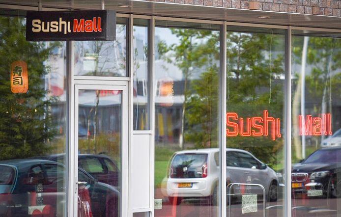 Exterieur van restaurant Sushi Mall in Groningen.