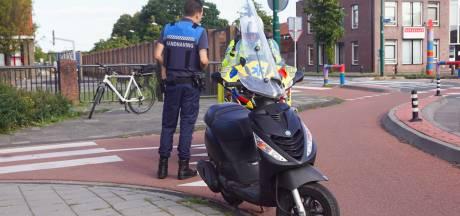Scooterrijder gewond bij val in Bunschoten, maar weigert hulp