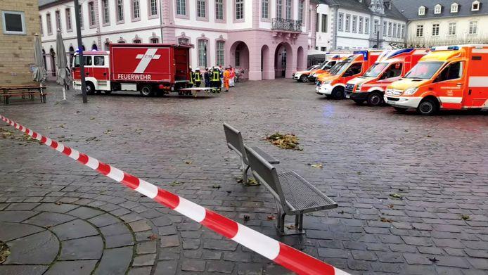 De ravage is groot in Trier na de dolle rit van een 51-jarige chauffeur.