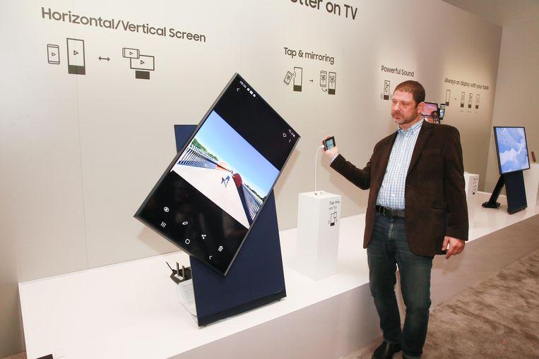 The Sero, een kantelbare tv van Samsung, is een van de vele gadgets die opvielen op de CES-beurs.