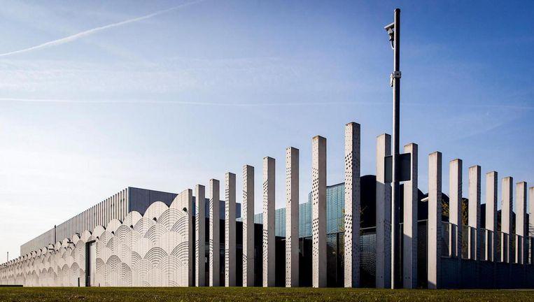 De rechtbank op Schiphol waar het OM vrijdag de nieuwe kroongetuige presenteerde. Beeld ANP