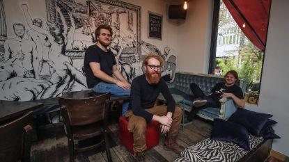 Gainsbar op Vlasmarkt neemt nieuwe start