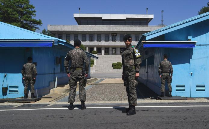 Zuid-Koreaanse soldaten bij de gedemilitariseerde zone.