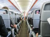 Les sièges d'avion sont de plus en plus petits