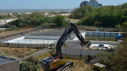 Stukje geschiedenis tegen de vlakte: afbraak zwembad De Raan gestart