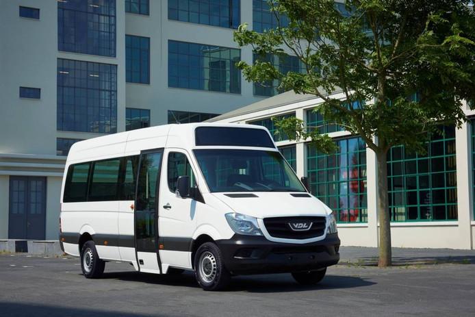 De minibus van VDL heeft een actieradius van 200 tot 300 kilometer.