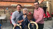 Blauw fietslint op 1 mei door Langemark-Poelkapelle
