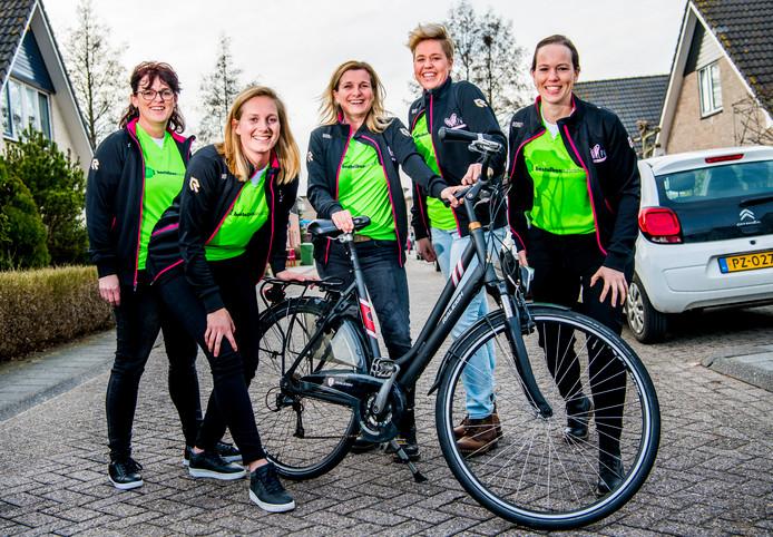 Jeannette Vermaas, Annemieke Bottema, Diana van der Eijnden, Ada Schipper en Nathalie Lagerweij.