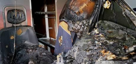 Zuilichem opnieuw opgeschrikt door autobrand: tiende brand in een week tijd