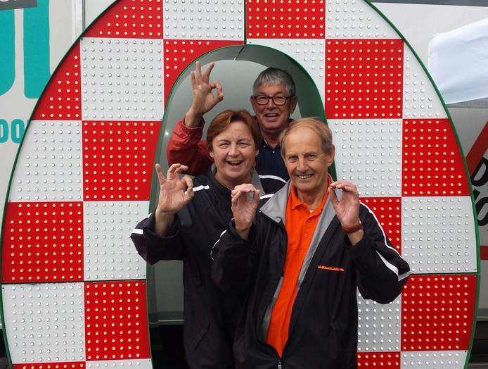 Antoon de Klein (tweede van links).