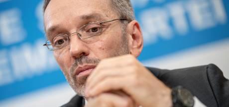 Alle Oostenrijkse ministers rechts-populistische FPÖ stappen op