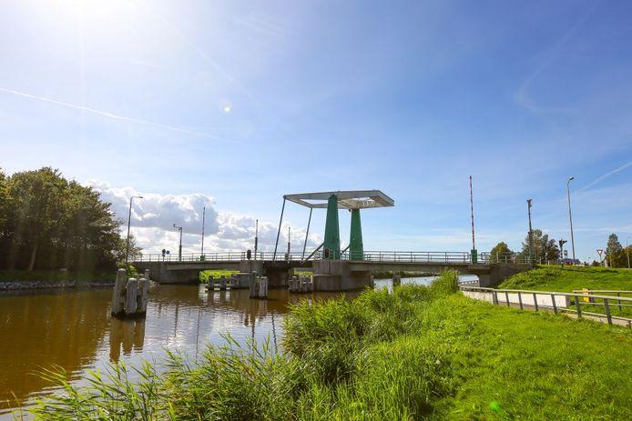 De Tollebekerbrug in de gemeente Noordoostpolder.