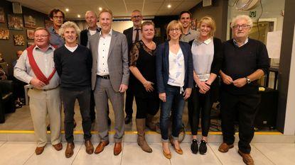 Feestje voor 25ste verjaardag van sporthal Berentrode