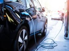 Enschede rekent op forse groei van aantal laadpalen auto's