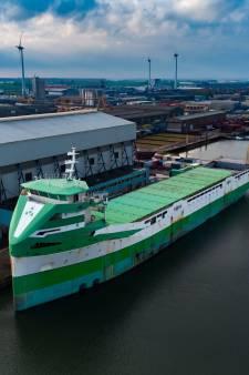 Laatste Peters-schip terug op de werf in Kampen: 'Voor sommige mensen pijnlijk'