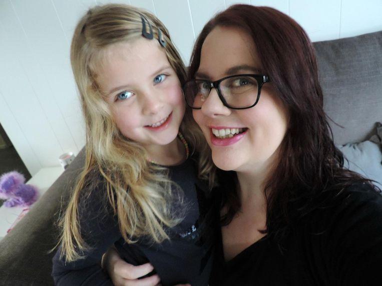 Bianca van Arkel met dochter Sterre. Beeld .