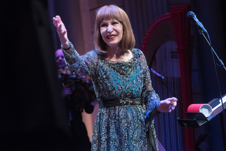 Liesbeth List. De zangeres, die leed aan een vorm van dementie, overleed woensdag op 78-jarige leeftijd.