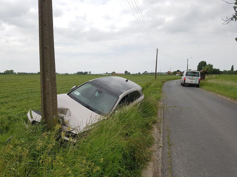Vrijdagnamiddag reed een auto tegen een elektriciteitspaal in de Noordstraat. Het tweede ongeval in drie dagen.