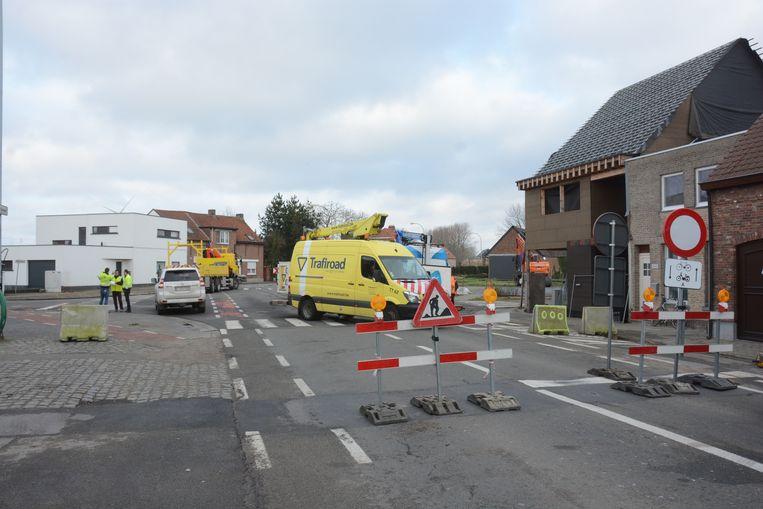 In een eerste fase wordt het kruispunt van de Dijkstraat met de Briel- en Koolputstraat aangepakt.