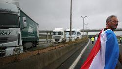 Franse truckers blokkeren snelweg nabij België