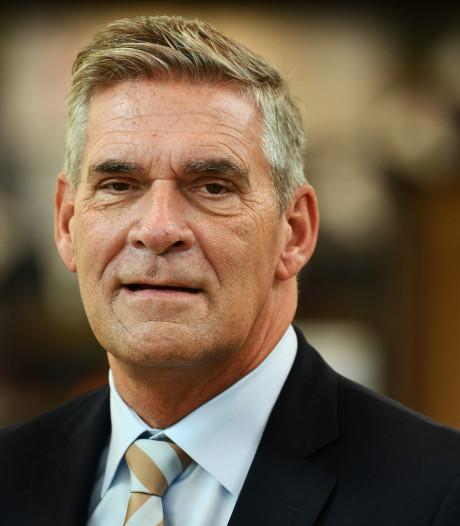 Burgemeester Naafs van Utrechtse Heuvelrug met corona in ziekenhuis