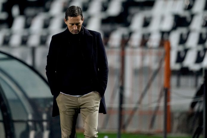 Roger Schmidt weet hoe laat het is: PSV krijgt een jas van PAOK Saloniki.