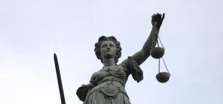 Verdachten van dood Bladelnaar voorlopig op vrije voeten, nabestaanden vechten tegen tranen