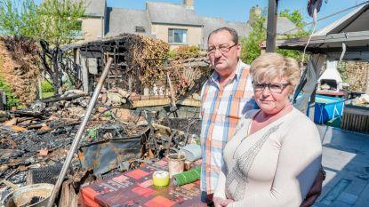 Café organiseert benefiet na tuinhuisbrand bij klanten