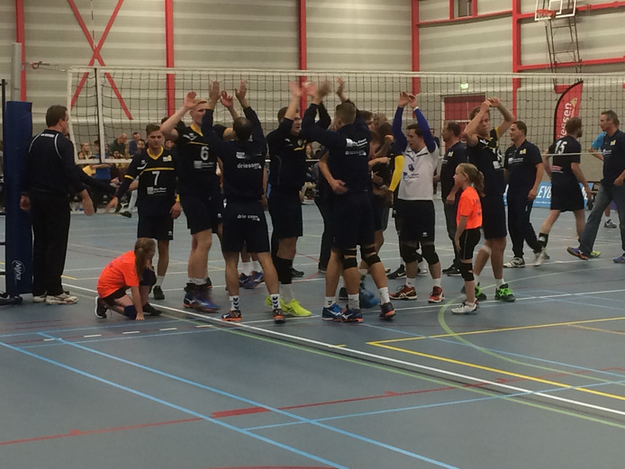HLB Van Daal/DS wint de streekderby.