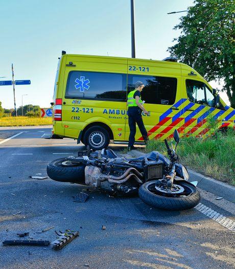 Motorrijder gewond na botsing met busje bij Borkel en Schaft