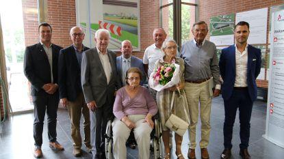 Briljanten geluk: twee koppels gehuldigd voor 65ste huwelijksverjaardag