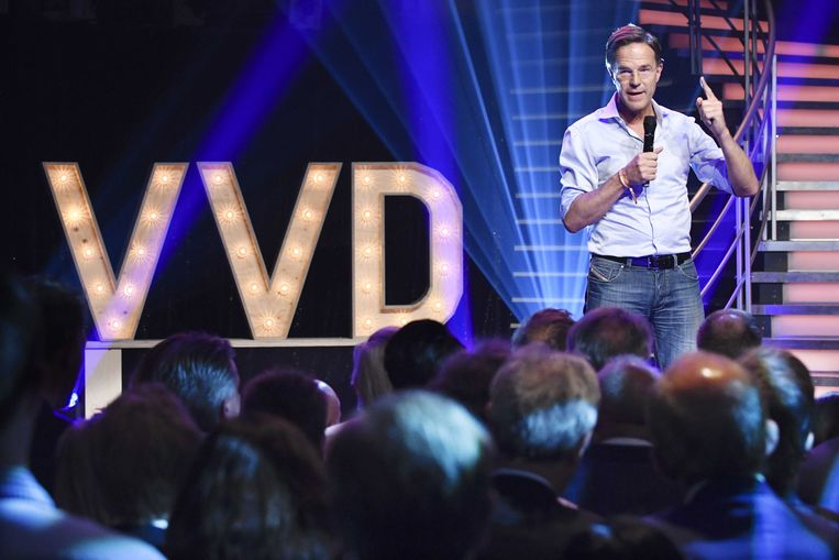 Premier Mark Rutte in Aalsmeer tijdens zijn speech op het halfjaarlijkse VVD-festival. Beeld ANP