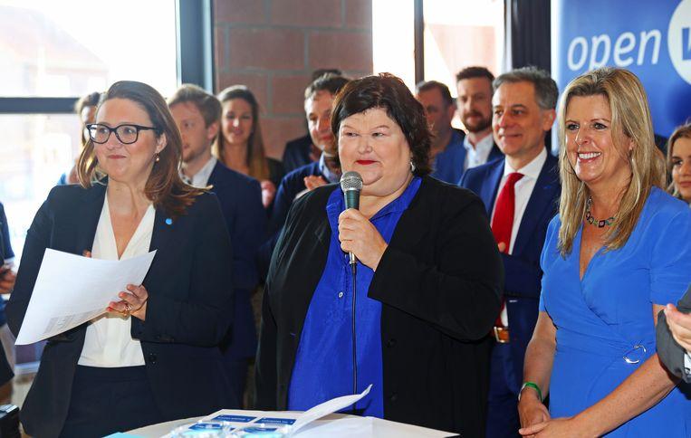 Gwendolyn Rutten en Maggie De Block stelden zopas kieslijsten van hun Open VLD voor in de gemeenschapslokalen van Brussegem.