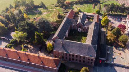 Oud klooster Knesselare wordt (met de natte vinger) geschat op 800.000 euro