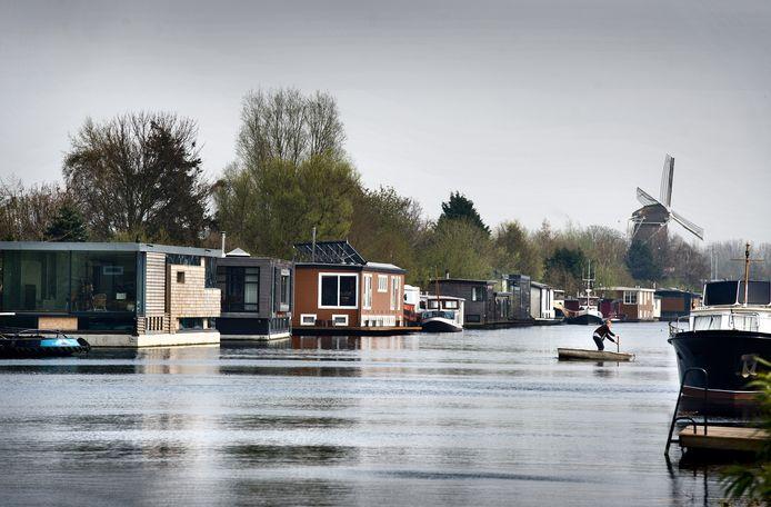 VVD Westland wil dat er in Westland meer plekken komen waar woonboten mogen liggen, zoals hier in Badhoevedorp.