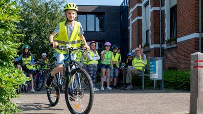 Zesdejaars geslaagd voor eerste fietsexamen