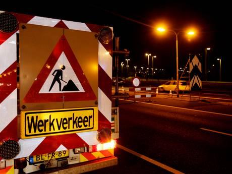Autobus ramt bord wegwerkzaamheden; flinke files op A58 en A4