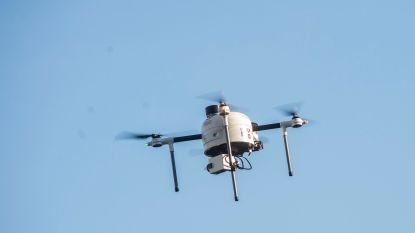 Politie zet drone in om transmigranten op te sporen