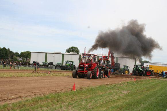 De tractoren zorgden voor spektakel.