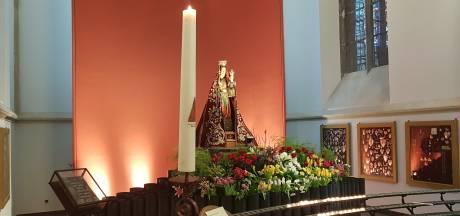 Broederschap zoekt bloemen voor Maria in de Sint-Jan