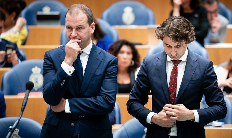 Lodewijk Asscher (PVDA) en Jesse Klaver (GL) tijdens dag een van de algemene politieke beschouwingen in de Tweede Kamer.  Beeld Freek van den Bergh