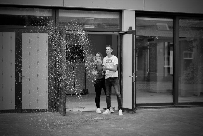 Tom van de Geijn en Simone Kuijpers zijn blij met hun eigen horecazaak.