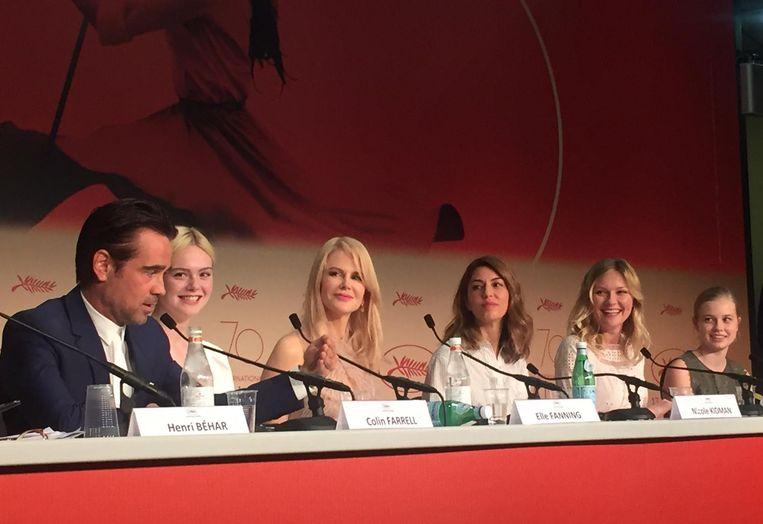 De cast van The Beguiled, woensdagmiddag in Cannes. Beeld Jan Pieter Ekker